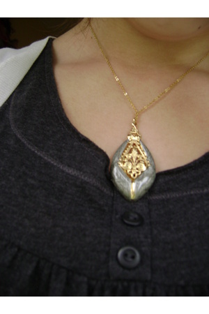 thrifted necklace