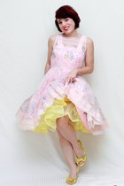 yellow naughty monkey shoes - light pink vintage dress