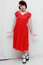 Red-vintage-dress-black-mossimo-heels