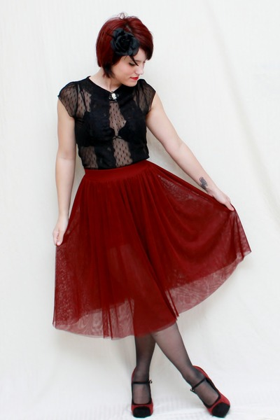 maroon Tulle skirt - black Lilly shirt - black Charlotte Russe heels