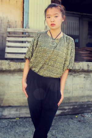 vintage top - vintage unknown necklace - harem pants Nordstrom pants