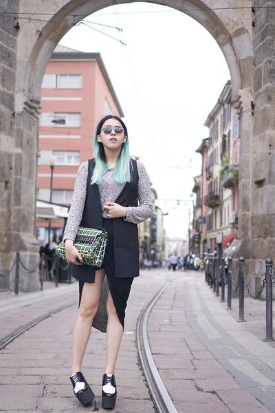 dark green satchel Marni bag - heather gray wool warm double agent USA sweater
