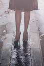 Black-snapback-summer-dignitycloth-hat-mustard-mini-summer-shopnefertiti-dress