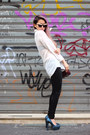 White-oversized-h-m-shirt-black-skinny-promod-pants