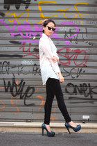white oversized H&M shirt - black skinny Promod pants