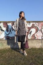 black skinny Zara leggings - silver oversized wool COS coat