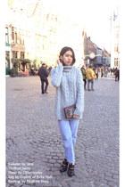 heather gray Zara sweater - light blue oversized thrifted vintage jeans