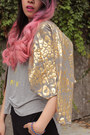 Gold-leopard-print-bien-collections-jacket-heather-gray-mootta-t-shirt