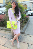 periwinkle oversized COS dress - chartreuse fluo Cambridge Satchel Company bag