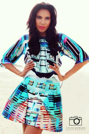 blue silk Chloe Morgan shirt - blue neoprene Chloe Morgan skirt