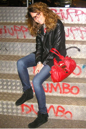 black Minnetonka shoes - blue J Brand jeans - red paddington Chloe bag