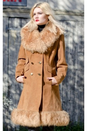 Cherry of London coat