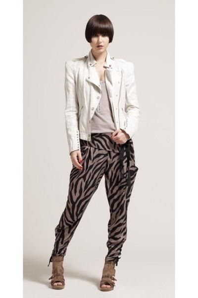 Beautiful Grey Pants
