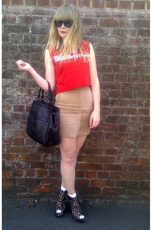 dark brown vintage bag - dark brown Love Label wedges - camel H&M skirt - red cu
