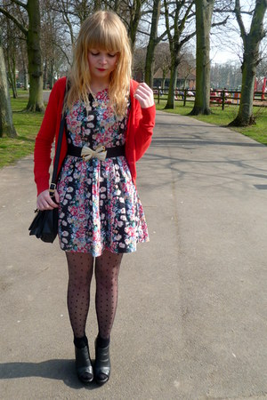 red floral Dahlia dress - H&M tights - red H&M cardigan - black Love Label wedge