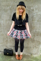 tawny next shoes - floral Dahlia dress - black H&M hat - black velvet next t-shi
