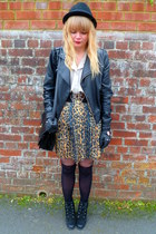 next boots - faux leather Miss Selfridge jacket - vintage Jane Shilton bag - vin