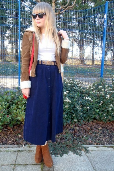 tawny Forever 21 jacket - red chic reward luluscom bag - navy vintage skirt