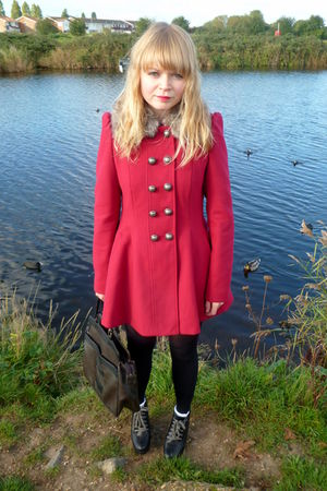 red next coat - red Topshop shirt - blue River Island shorts - brown vintage pur