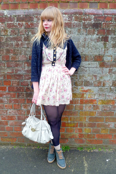 cream floral Dahlia dress - navy Primark tights - cream Mischa Barton bag - teal