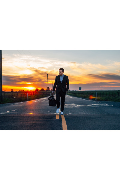 Converse shoes - Louis Vuitton bag - Mr Start suit