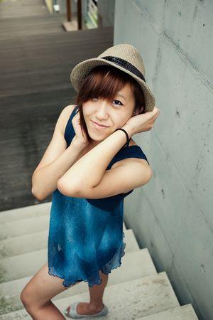 blue unknown brand top - blue Ultra Brand Korea shorts - beige unknown brand hat