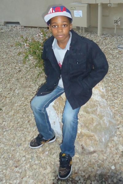 denim jeans Old Navy jeans - snapback starters hat - black wool Gap jacket