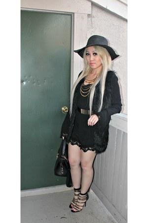 Forever 21 romper - black sun Forever21 hat - HAUTE & REBELLIOUS heels