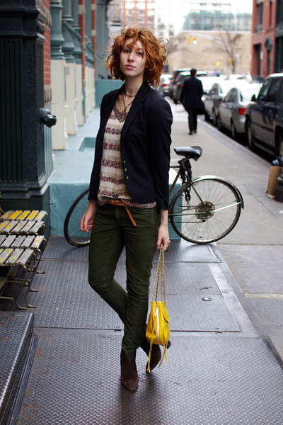 neutral knitted Cooperative sweater - dark brown ASH boots