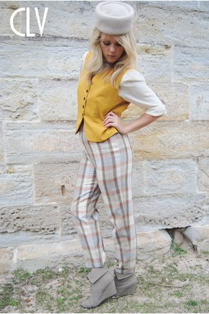 Forever New wedges - vintage pants - mustard vintage vest