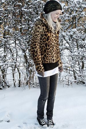 gray acne jeans - gold vintage coat