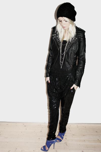 H&M jacket - Friis & Co pants - Zara shoes