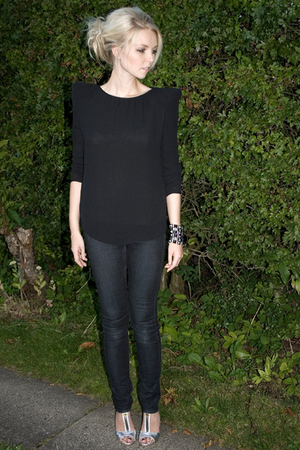 black Zara blouse