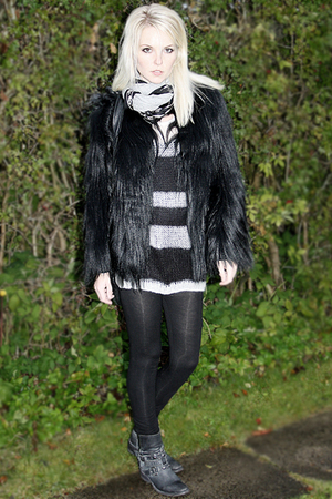 Topshop coat - Bik Bok sweater - notabene boots