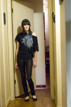 black Helmut Lang leggings - black flats Dexflex shoes