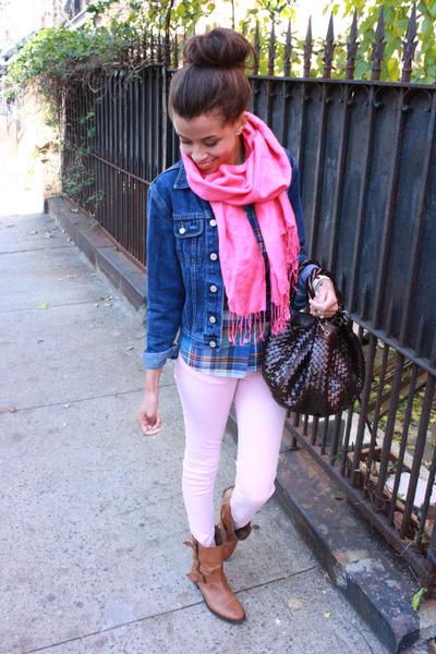 Zara boots - Tommy Hilfiger jacket - J Crew shirt - Target bag - Zara pants