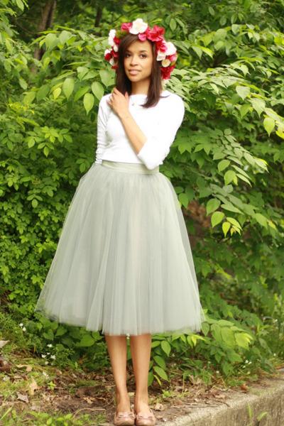 alexandra grecco skirt - JCrew flats - Monique Martin hair accessory