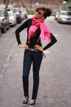 hot pink silk J Crew belt - JCrew jeans - turtle neck H&M shirt