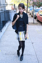 banana republic skirt - banana republic sweater - Tobi shirt