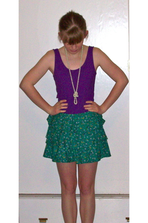 purple top - green Zara dress - white necklace - white Gap cardigan