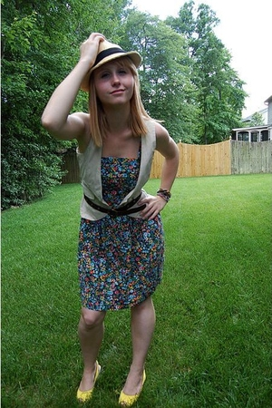 Salvation Army dress - At Last vest - Charlotte Russe hat - forever 21 belt - St