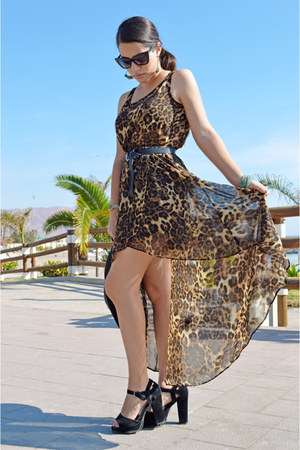 brown animal print nicopoly dress - black alaniz belt - sky blue Lounge earrings