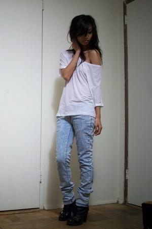 Eryn Brinie t-shirt - jeans - Guess boots