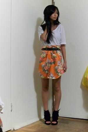 Eryn Brinie t-shirt - Ralph Lauren skirt - Jeffrey Campbell shoes - sam edelman