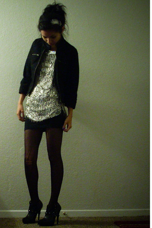 DKNY jacket - vintage blouse - f21 skirt - CVS tights - Colin Stuart shoes