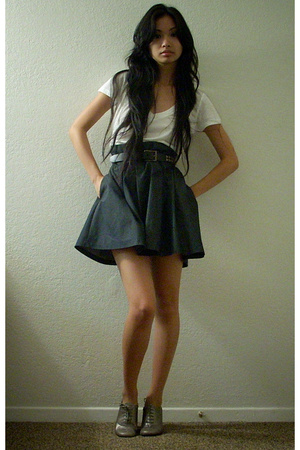 f21 shirt - Goodwill belt - hinge skirt - Nine West shoes
