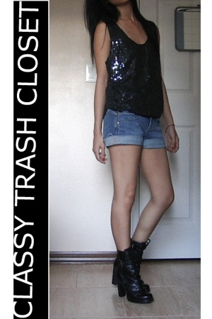 Classy Trash Closet top - Classy Trash Closet shorts - Classy Trash Closet sweat