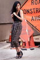 black intermix top - black thrifted skirt - black Dolce Vita shoes