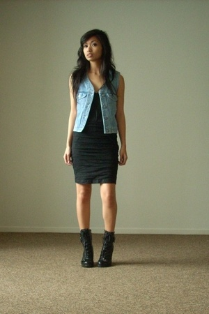 Gap vest - Elizabeth and James skirt - Diane Von Furstenberg blouse - Guess boot
