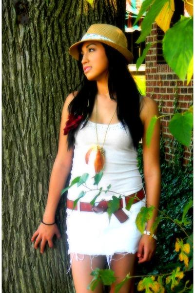 feather necklace - hat - shirt - skirt - leather belt belt